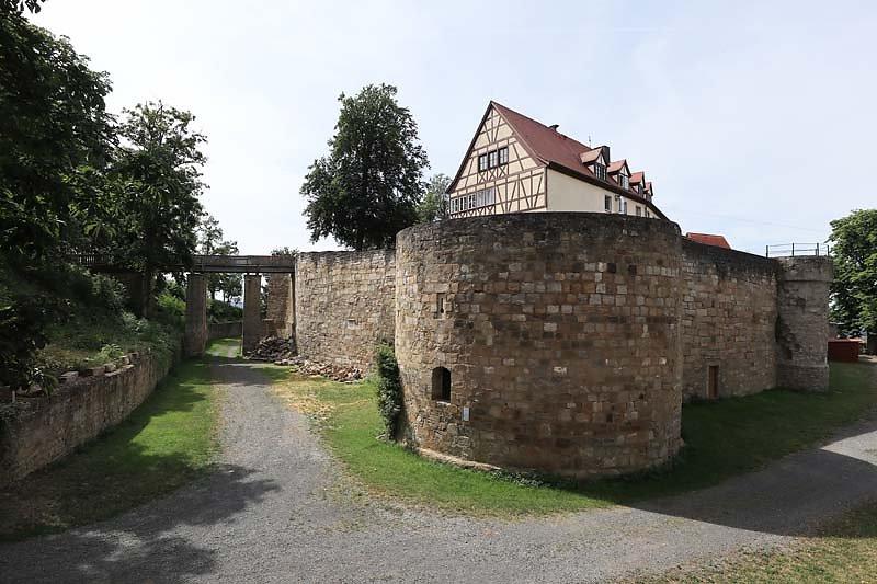 Burgruine-Koenigsberg-3.jpg