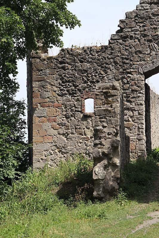 Burgruine-Bramberg-2.jpg