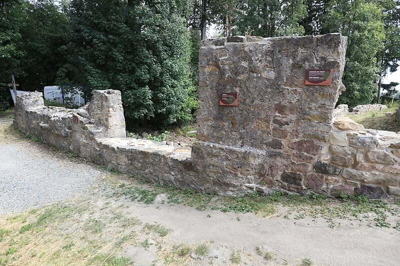 Burgruine-Rauheneck-17.jpg