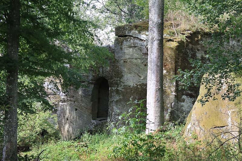 Burgruine-Rothenhan-2.jpg