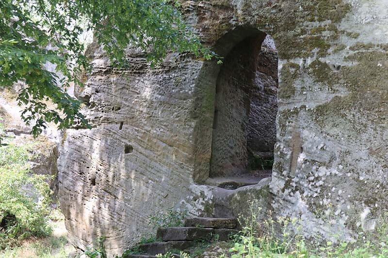 Burgruine-Rothenhan-5.jpg