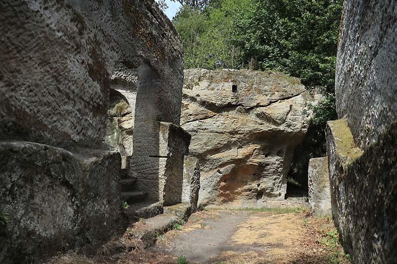 Burgruine-Rothenhan-7.jpg