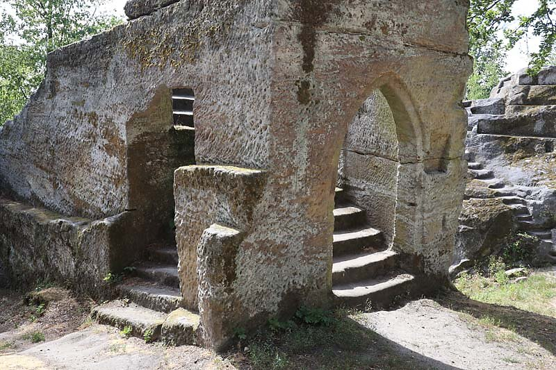 Burgruine-Rothenhan-11.jpg