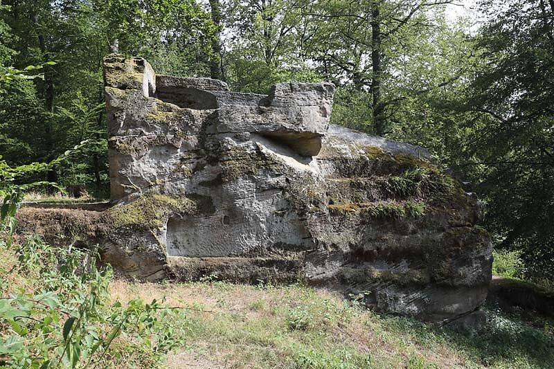 Burgruine-Rothenhan-21.jpg