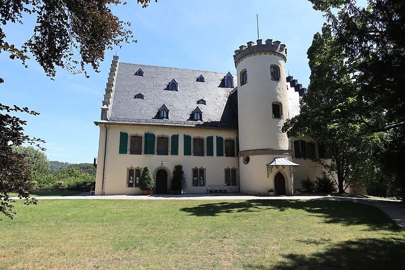 Schloss-Rosenau-6.jpg