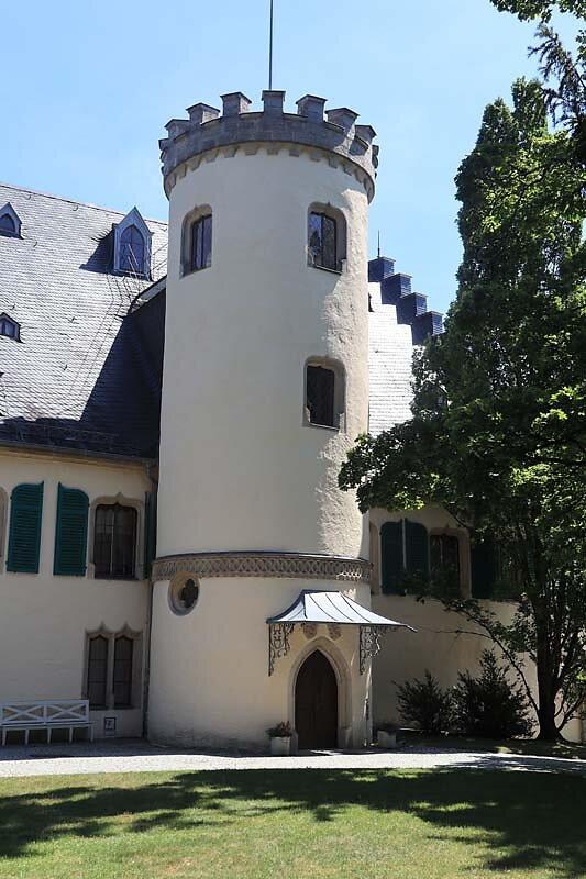 Schloss-Rosenau-7.jpg